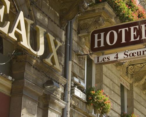hotel des 4 soeurs bordeaux 3 stern 6 cours du 30 juillet 33000. Black Bedroom Furniture Sets. Home Design Ideas