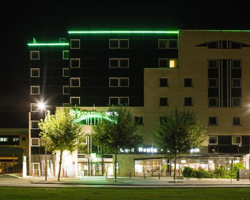Ibis styles bordeaux meriadeck 3 stella 33000 for Hotel moderne bordeaux